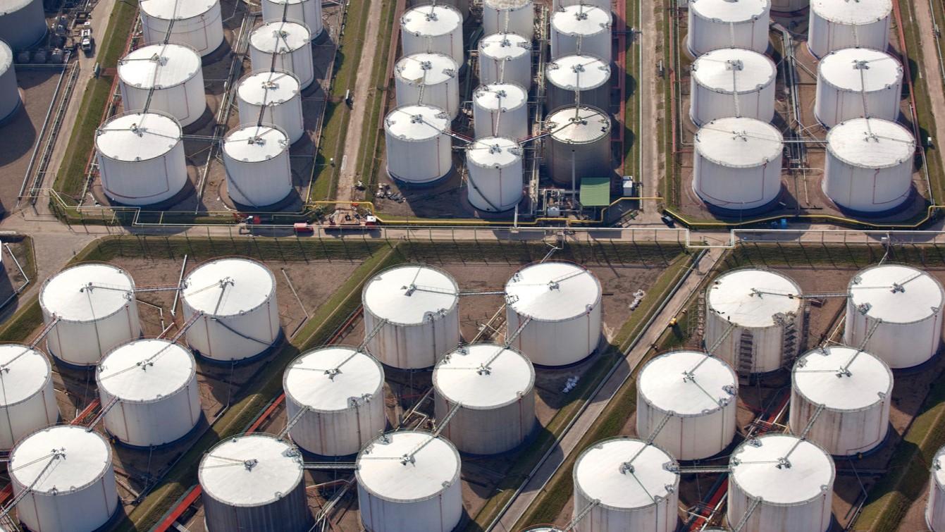 Phòng ngừa, ứng phó sự cố tràn dầu cho kho xăng dầu